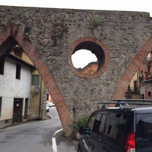 Ponte canale dell'acquedotto irriguo di Gallicano (LU)