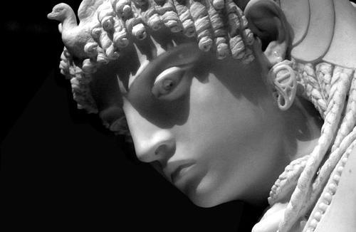 """Restauro opera """"Cleopatra"""" – Roma"""