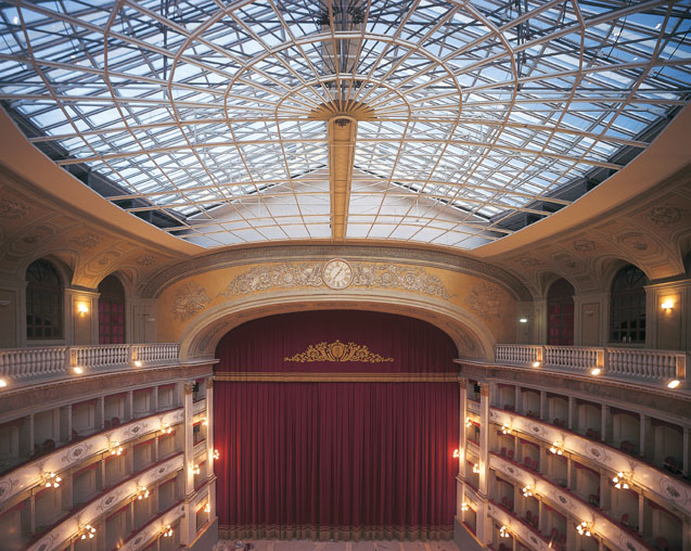 """Fondazione Teatro """"Carlo Goldoni"""" di Livorno"""