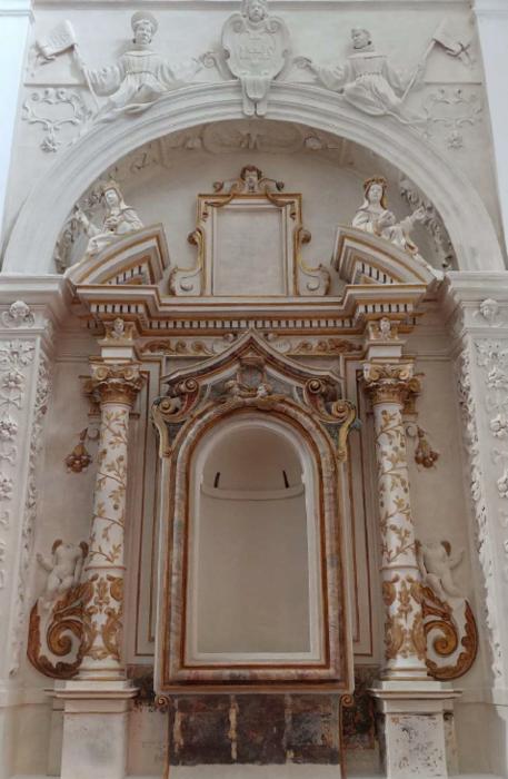 Altare policromo ex chiesa San Francesco | Morrovalle (MC)