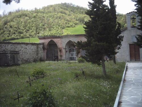 Cimitero di San Martino del piano  Apecchio (PU)