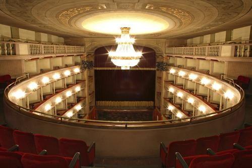 Azienda Teatro del Giglio – Lucca