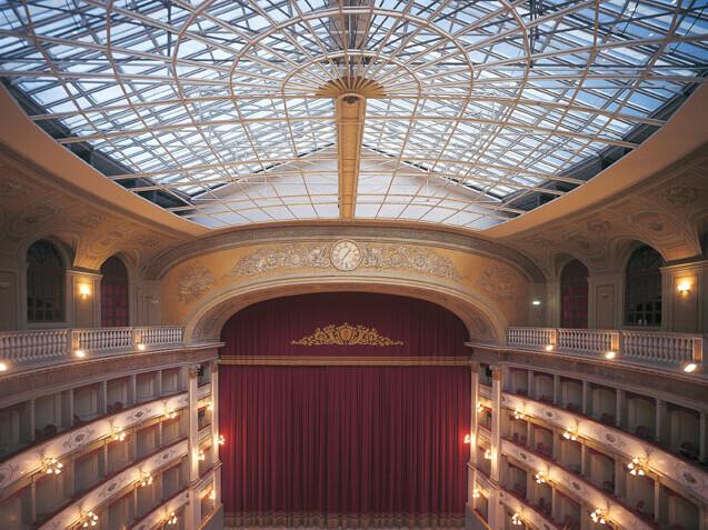 """Fondazione Teatro della Città di Livorno """"Carlo Goldoni"""""""